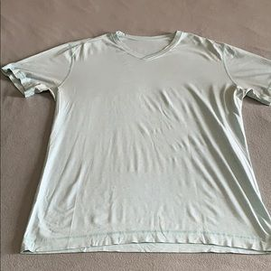 Lululemon Basic V-Neck T-Shirt. Size XL-Light Blue